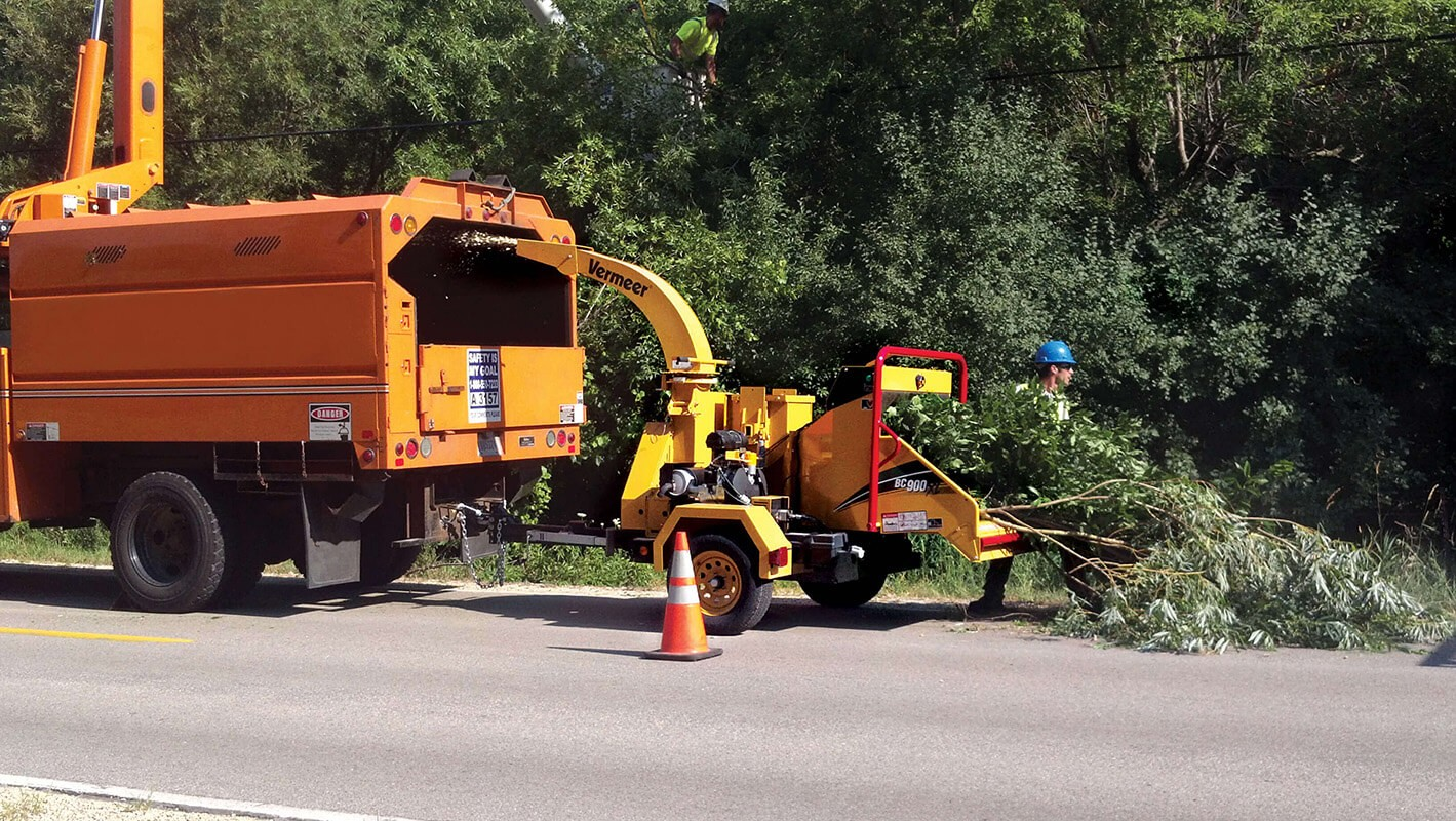 Commercial Tree Services-Pembroke Pines FL Tree Trimming and Stump Grinding Services-We Offer Tree Trimming Services, Tree Removal, Tree Pruning, Tree Cutting, Residential and Commercial Tree Trimming Services, Storm Damage, Emergency Tree Removal, Land Clearing, Tree Companies, Tree Care Service, Stump Grinding, and we're the Best Tree Trimming Company Near You Guaranteed!